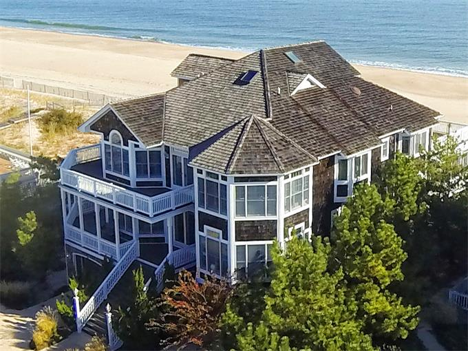39671 Bayberry Dunes Lane in North Bethany, Delaware - presented for sale by Ocean Atlantic Sotheby